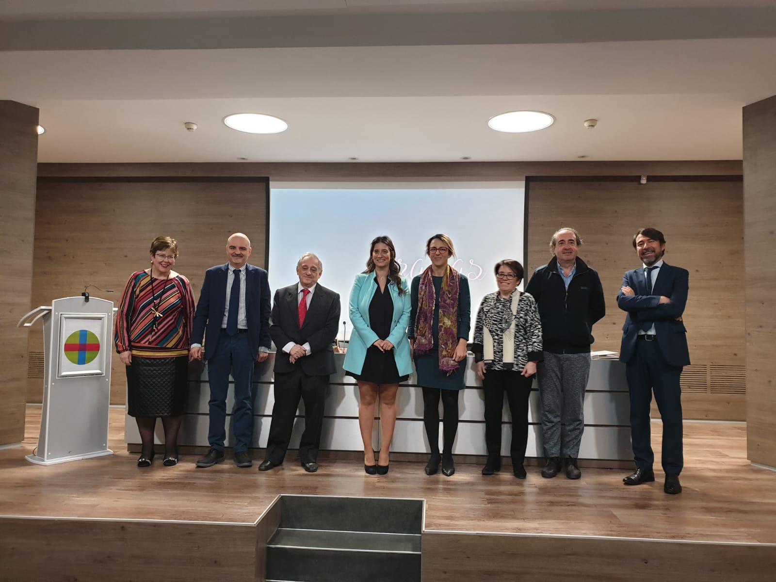 Tesis doctoral defendida en el Programa de Doctorado en Comunicación Social CEINDO: Laura Monteagudo